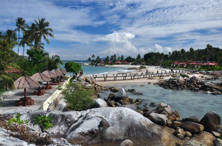 pantai sumatra indah